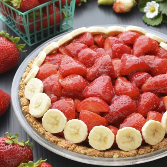 Strawberry Pie w/ Walnut Oat Crust